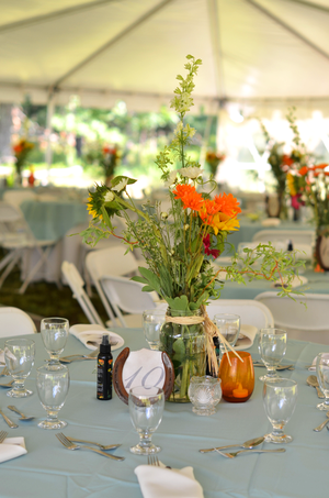 Fine and Feathered country wedding